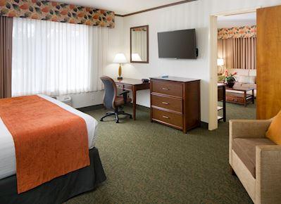 Queen/King Suite at BEST WESTERN Seven Seas, San Diego